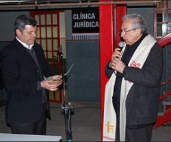 clinica_1-250x207